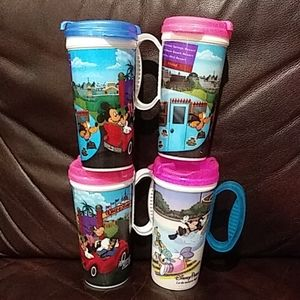 4 Disney World hot/cold cups Mickey Goofy Donald